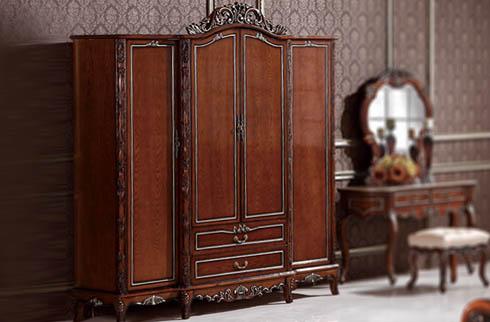Tủ quần áo gỗ sồi Nga có đặc điểm gì nổi bật?