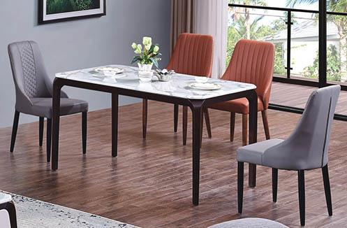 Bộ bàn ăn 4 ghế giá rẻ phù hợp với điều kiện của gia chủ