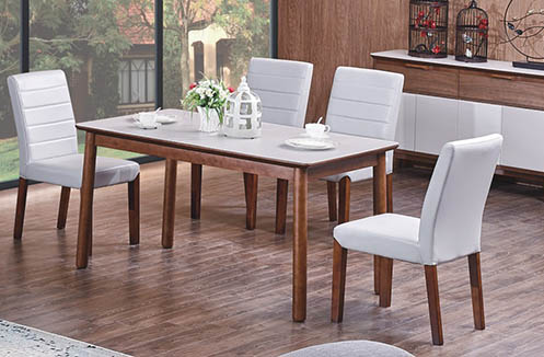 Bộ bàn ăn 4 ghế giá rẻ phù hợp với mục đích người sử dụng